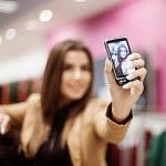 Κάποιοι ψυχολόγοι θεωρούν πως οι selfies αποτελούν έναν τρόπο κατασκευής της κοινωνικής ταυτότητας.