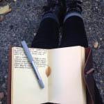 Λέξεις και βήματα στη φύση: Γράφοντας σε περιόδους αλλαγών
