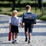 Πριν πάει σχολείο το παιδί καλό θα ήταν να προετοιμαστεί γι' αυτό.