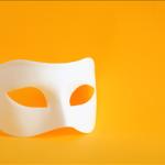 Το θέατρο διευκολύνει την πορεία προς την αυτογνωσία και κατ' επέκταση την επικοινωνία με τον Άλλο και την αυτοπραγμάτωση