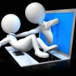 Είναι έκδηλη η τάση των εφήβων, με επιθετική διάθεση προς του συνομήλικούς τους, να καταφεύγουν στο διαδίκτυο.